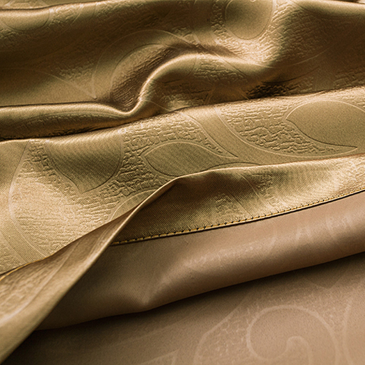 Modern Gold Polyester Smooth Thermal and Sound-proof Curtains